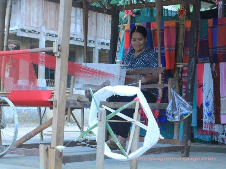 métier à tisser- Maichau au Nord Vietnam