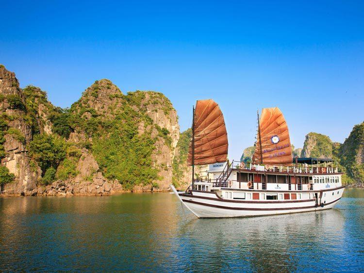 BaieHalong-panorama du bateau